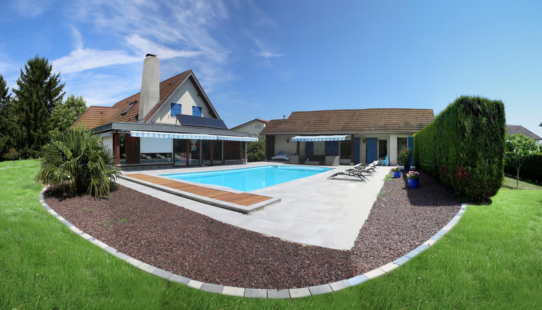 cr ation et entretien d espaces verts dijon beaune dole terrassement cl tures et portails. Black Bedroom Furniture Sets. Home Design Ideas